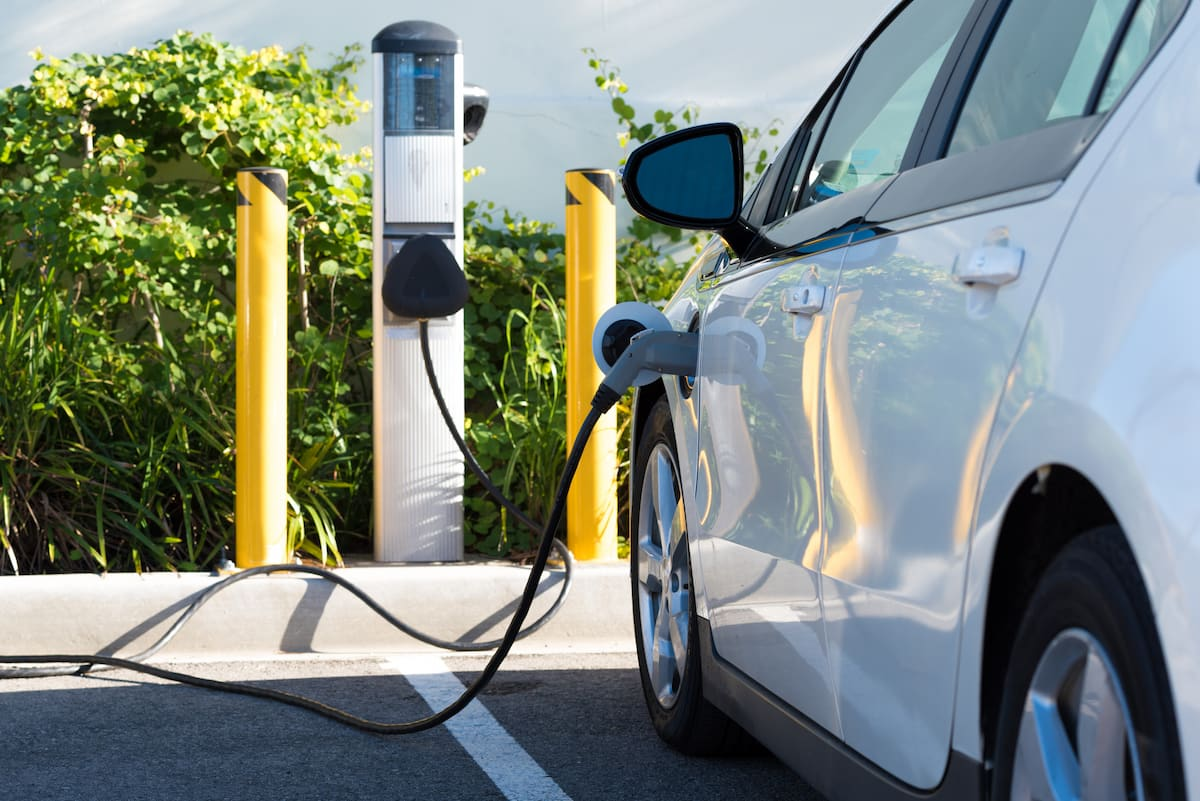 tipos de puntos de recarga para vehículos eléctricos