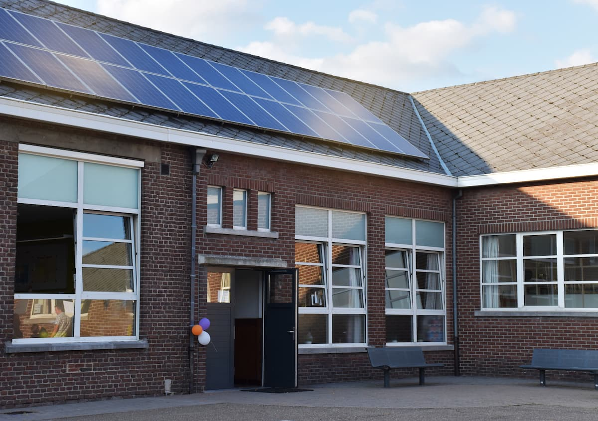 instalaciones fotovoltaicas en colegios